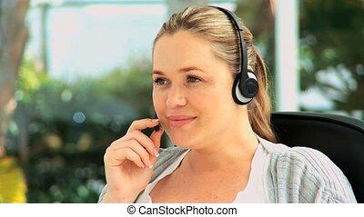 casque à écouteurs, mignon, femme