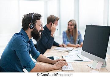 casque à écouteurs, table, bureau, séance homme, business