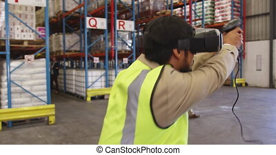 casque à écouteurs, utilisation, mâle, vr, chargement, baie, 4k, contrôleur, ouvrier, entrepôt