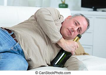 causé, vieux, dépression, boire, homme