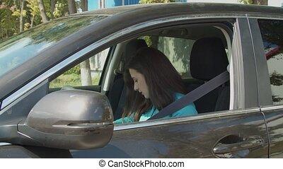 ceinture, magnifique, siège, femme, boucles, chauffeur, voiture, haut
