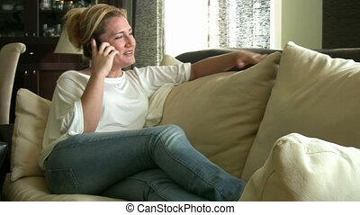 cellule, conversation, femme, téléphone