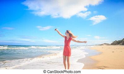 cercles, pieds nue, plage, selfie, mince, blonds, girl, marques, rouges