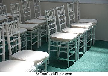 chaises, wihte
