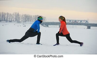 champ, athlètes, groupe, hiver, exercice
