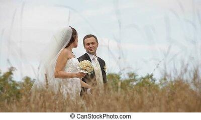 champ, nouvellement weds