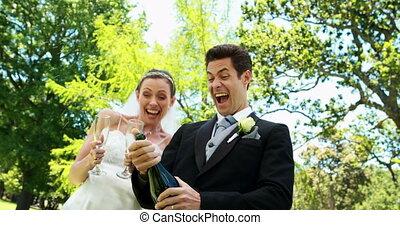 champagne, boire, nouveaux mariés
