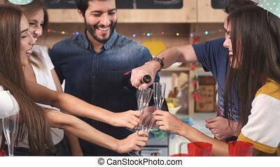 champagne versant, pendant, célébration