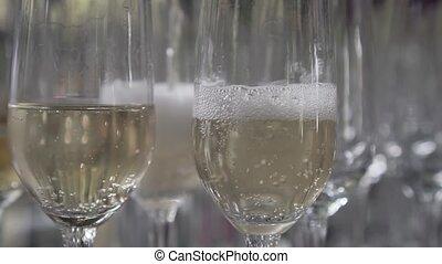 champagne versant, verre
