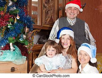 chapeaux, famille heureuse, santa