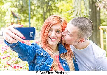 che, coppia, selfie, al, fa, si, onu, giovane, parco
