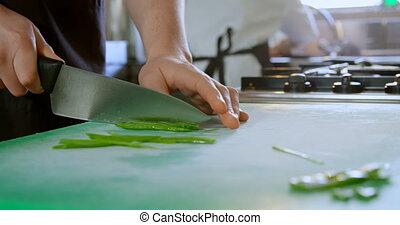 chef cuistot, légumes, cuisine, découpage, 4k