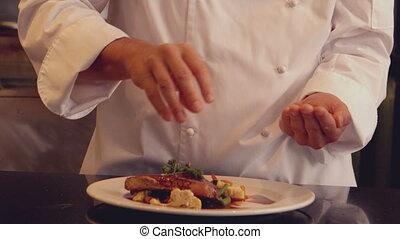 chef cuistot, plat, assaisonnement