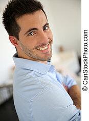 chemise bleue, jeune, portrait, homme, beau
