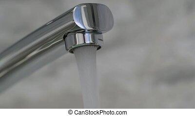 chrome-plaqué, 4k, verser, faucet., eau, résolution, couler