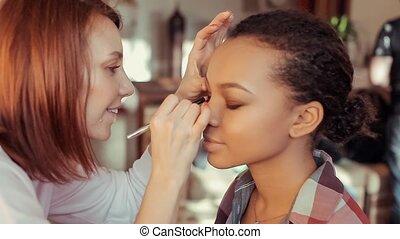 cils, artiste, peintures, maquillage, jeune, model., africaine