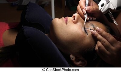 cils, oeil femme, eyelashes., cil, extension., mèches, haut, long, foyer., artificiel, fin, gluing, sélectionné, tweezers.