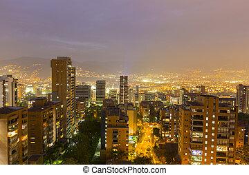 cityscape, nuit, colombie, medellin