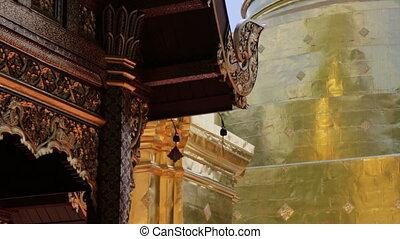 cloche, bouddhiste, en mouvement, thaï, temple, vent