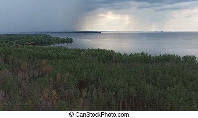 coastline., métrage, aérien, au-dessus, pluie
