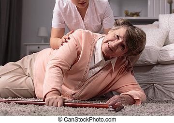 coeur, femme, soins, maison, faible, personnes agées, attaque, caregiver