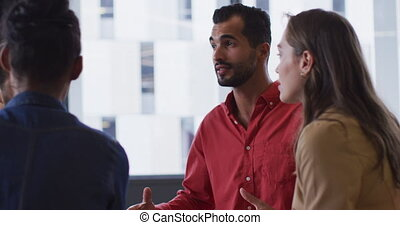collègues, mélangé, divers, groupe, course, homme affaires, réunion