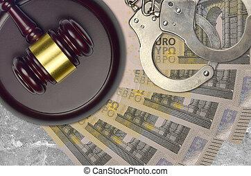 concept, menottes, judiciaire, ou, factures, 5, juge, tribunal, police, action éviter, impôt, euro, desk., bribery., procès, marteau