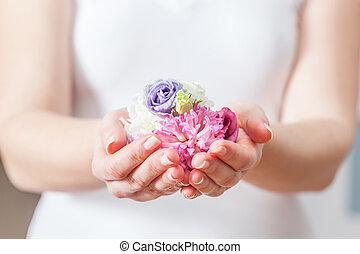 concept, spa, beauté, main., femme, santé, frais, care., fleurs