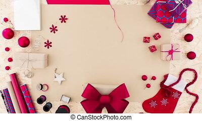 conditionnement, boîte, femme, cadeau, mains