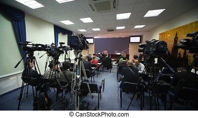 conférence, appuie salle, journalistes, attente