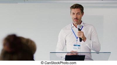 conférence, business, mâle, orateur, audience, adresser