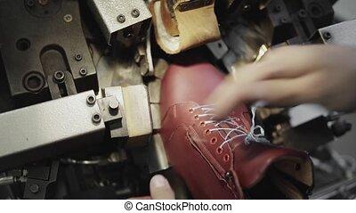 confection, chaussures, spécial, convoyeur, usine, sole., production, homme, footwear., chaussure, outillage, machine, masse, usage, shoes.