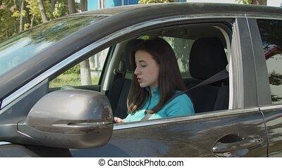 confiture, femme, ennuyé, chauffeur, conduite, trafic voiture
