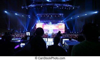 contrôle, cérémonie, chiffre, gens, grand, asseoir, -, récompenses, 2011, panneau