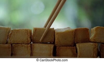 contre, fish, diced, main, nature, fond, tofu, cueillette, baguettes, utilisation