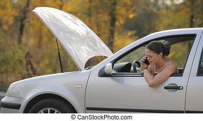 conversation, cassé, femme, téléphone, voiture