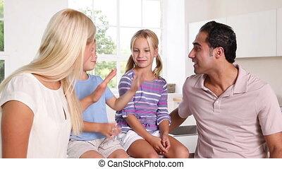 conversation, ensemble, famille, heureux