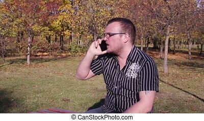 conversation, téléphone, homme, banc, parc