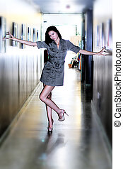 couloir, girl