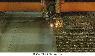 coupeur métal