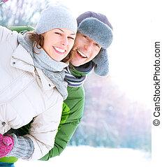 couple, avoir, heureux, outdoors., vacances, hiver, amusement, snow.