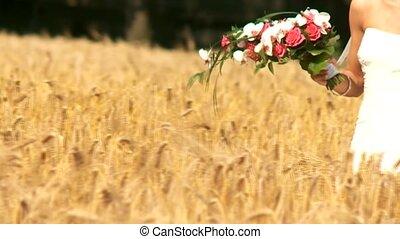 couple, champ maïs, mariage