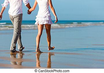 couple, promenade, avoir, vacances