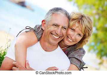 couple, sourire, mûrir