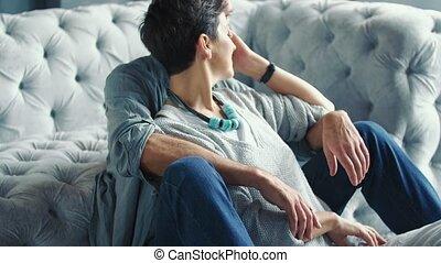 couple, vieilli, sofa, séance