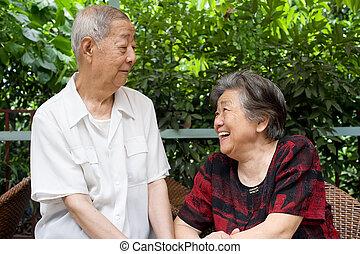 couples aînés, regard, autre., chaque