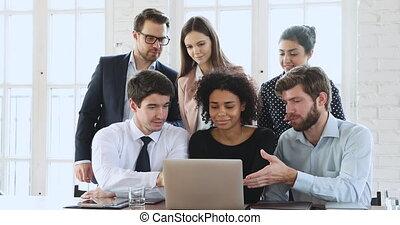 créatif, brain-storming, millennial, ethnicité, divers, informatique, équipe, regarder, business