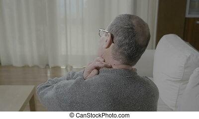 crampe, sien, douleur, cou, colonne, masser arrière, avoir, spinal, malaise, vieux, muscle, ou, homme
