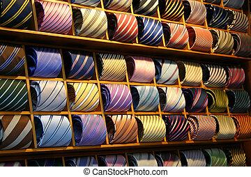 cravate, étagère