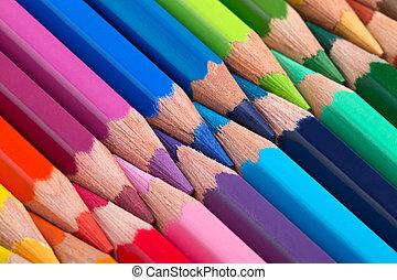 crayons, arrangé, coloré, rang